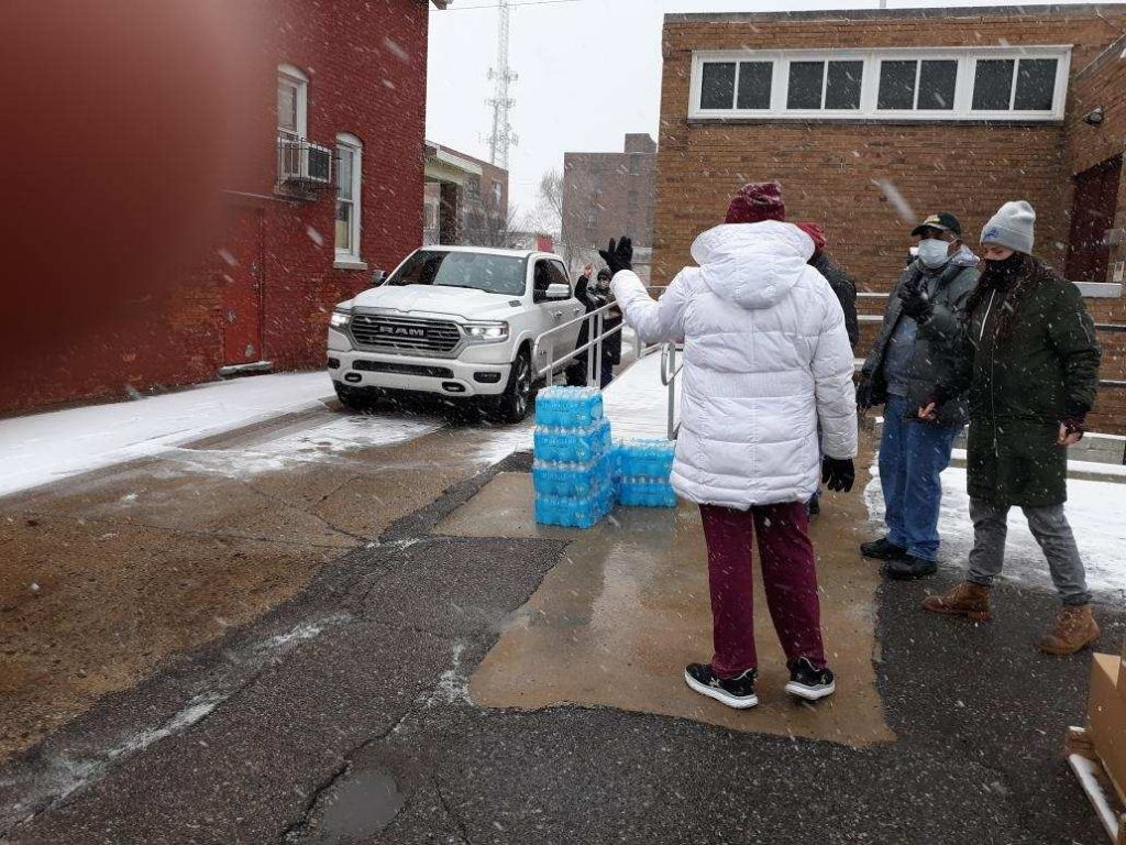Food-distribution-with-Gleaners-St.-Philips-Lutheran-Detroit