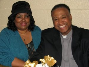 Mr.-Mrs.-Rev.-Roosevelt-Gray-Jr.-1024x768