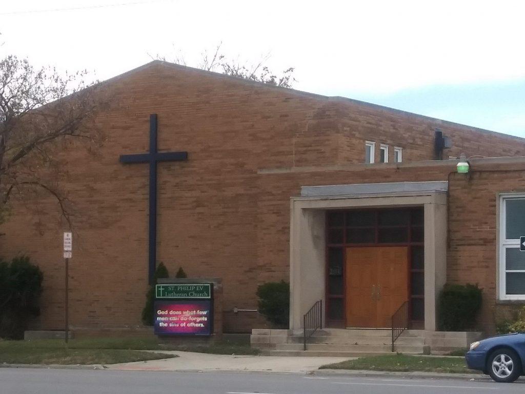 New-cross-St.-Philips-Lutheran-Church-Detroit